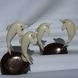 tagua double carved figurine
